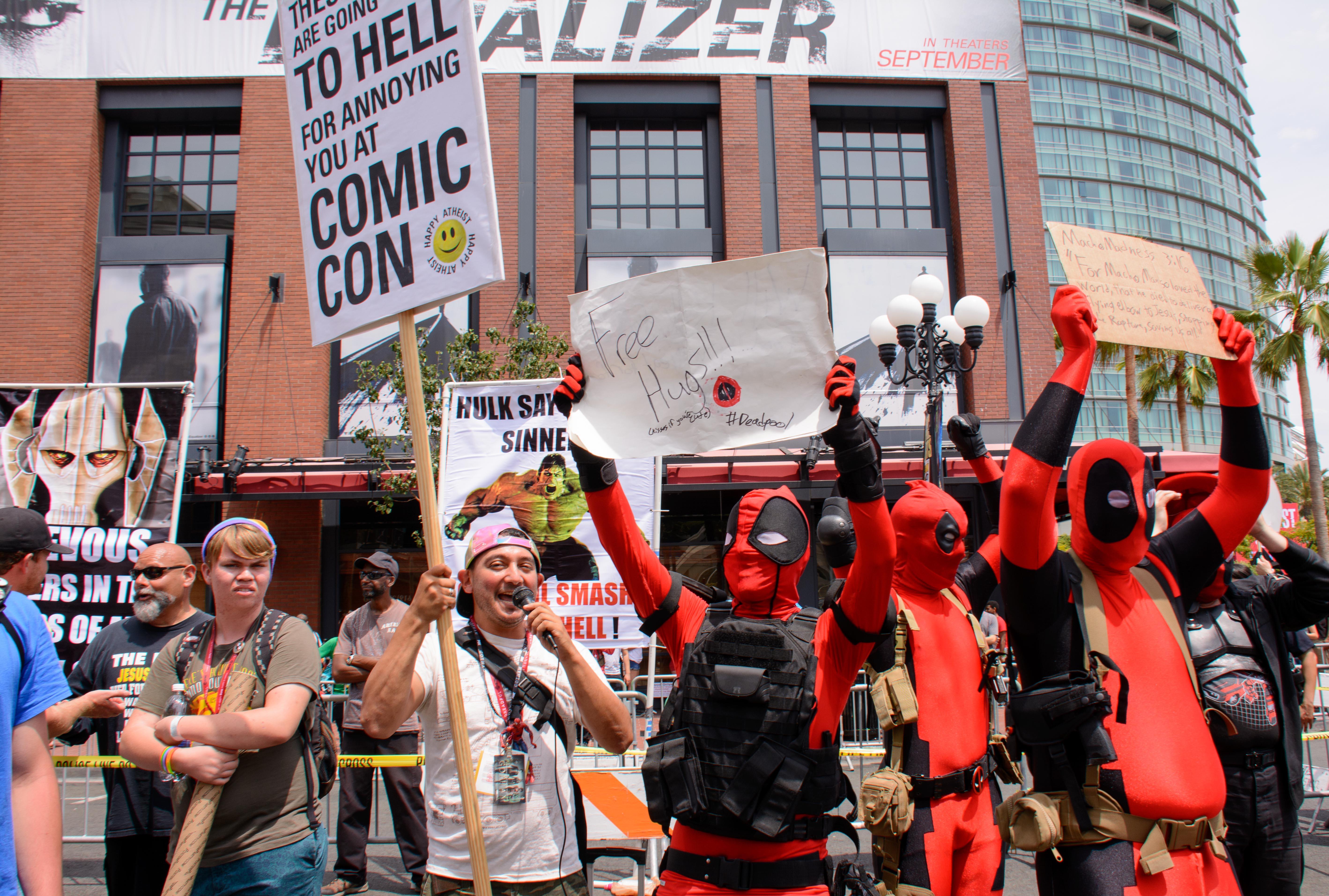 ComicConStreets-1
